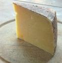 Picture of Lincolnshire Double Barrel Cheese (approx 225g)