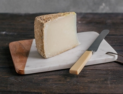 Picture of English Pecorino Cheese (180g - £33 / kg)